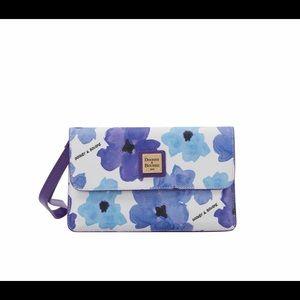 New Dooney & Bourke Milly Bloom Wristlet Wallet